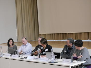 Panel I: Linking conflicts and global crisis: theories and concepts / Source: GLOCON
